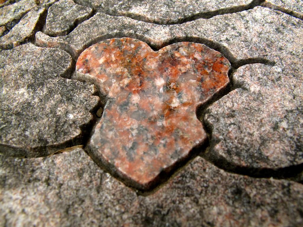 Molly's Grave Heart